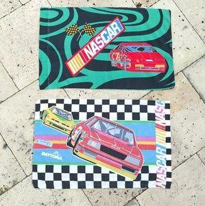Vtg NASCAR Checkerboard Rainbow Pillowcase Set